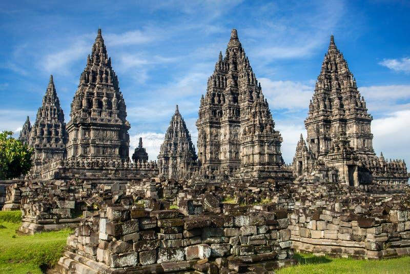 Tempio di Prambanan vicino a Yogyakarta, Java, Indonesia fotografia stock libera da diritti