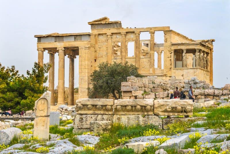 Tempio di rovine antico delle cariatidi del portico del monumento Erechtheion Acropo immagine stock libera da diritti