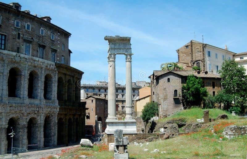 Tempio di Vespasiano Roman Ruins immagine stock libera da diritti