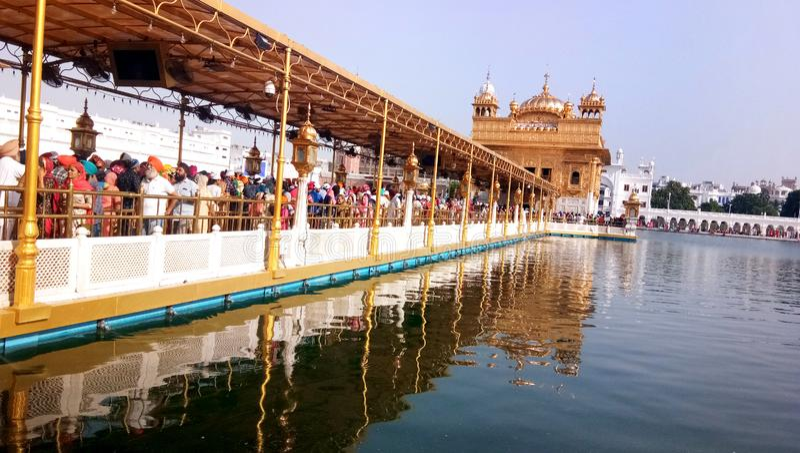 Tempio dorato Harmandir Sahib a Amritsar, Punjab, India immagini stock libere da diritti
