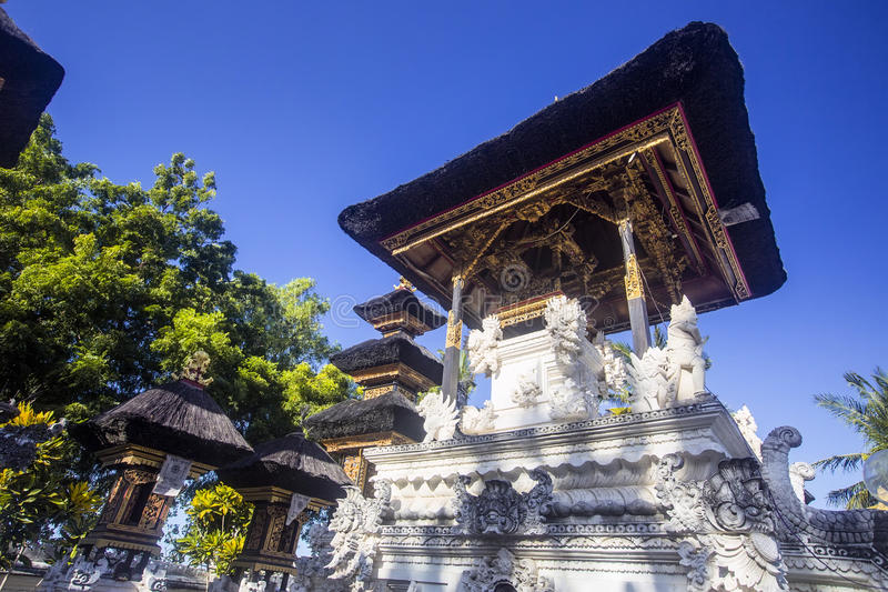Download Tempio Indù, Nusa Penida, Indonesia Fotografia Stock - Immagine di bianco, balinese: 55359858