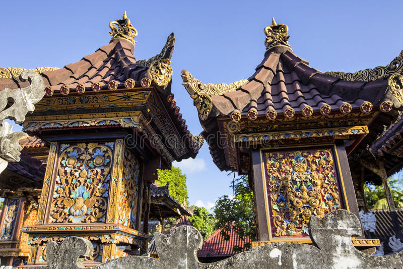 Download Tempio Indù, Nusa Penida, Indonesia Fotografia Stock - Immagine di decorato, tradizione: 55364896