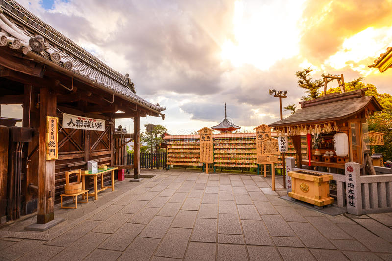 Tempio Kyoto di Jishu Jinja fotografia stock libera da diritti