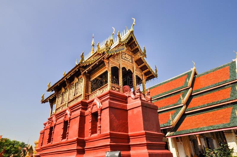 Tempio nordico antico della Tailandia fotografie stock