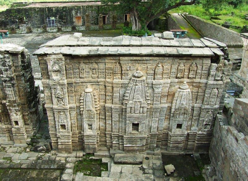 Tempio rovinato di Lakshmi Narayan, Kangra forte, India immagini stock