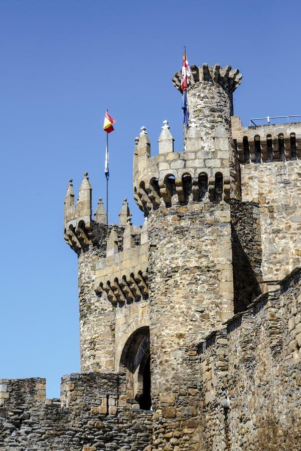 Templar城堡家庭或大门在蓬费拉达,西班牙 库存照片