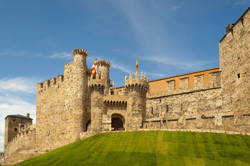 Templar slott av Ponferrada, Spanien royaltyfri fotografi