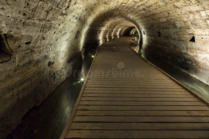 Templar tunnel i Acco royaltyfri foto