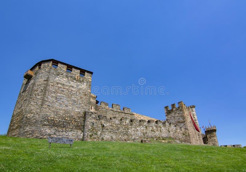 Templarium slott, Ponferrada, Santiago Road, Spanien royaltyfria bilder