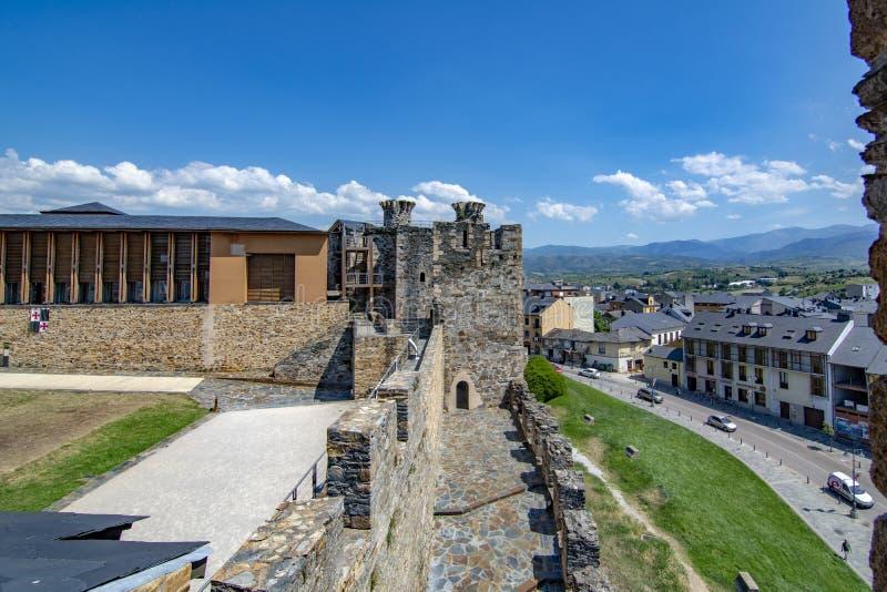 Templarium slott, Ponferrada, Santiago Road, Spanien arkivfoto