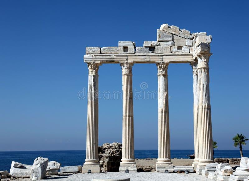 Temple antique FO Apollo sur la mer de Mediterranien photographie stock libre de droits