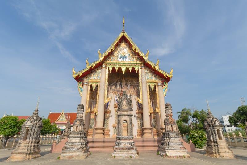Temple avec le fond de pagoda et de ciel photos libres de droits