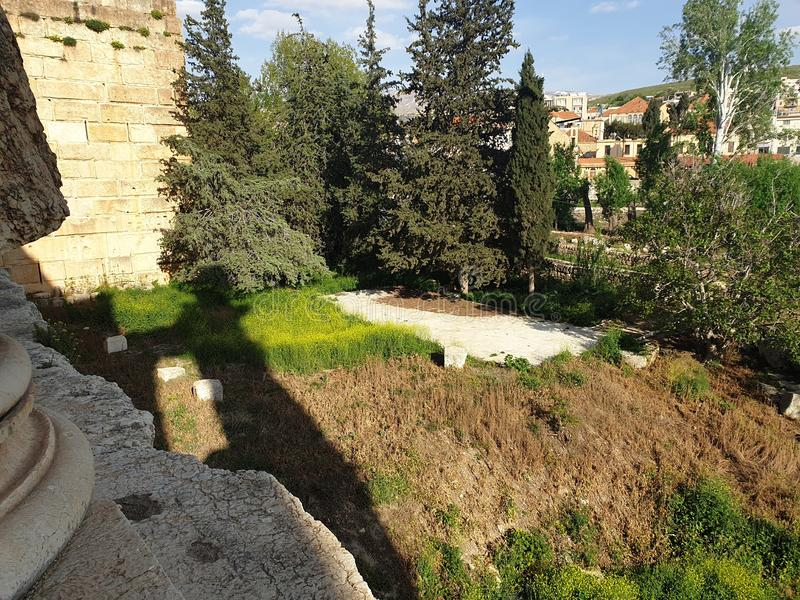 Lebanon Baalbek temple of bacchus complete Ruine outside sunny day. This is the temple of Bacchus. The Backside. This can be seen in the south of Lebanon. He was stock photography
