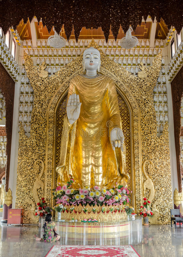 Temple birman de Dhammikarama à Georgetown Penang, Malaisie photographie stock libre de droits