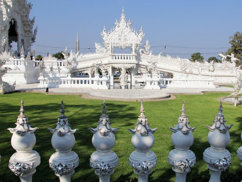 Temple blanc dans Chiang Rai photos libres de droits