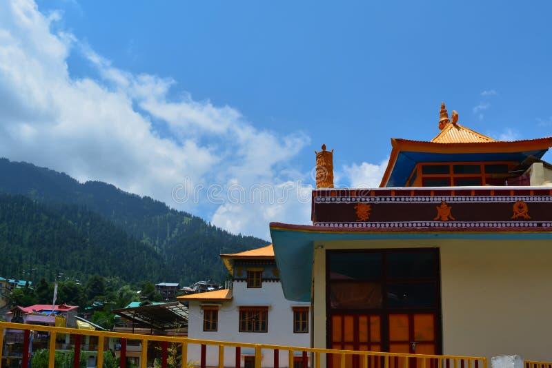 Temple bouddhiste dans le manali photo stock