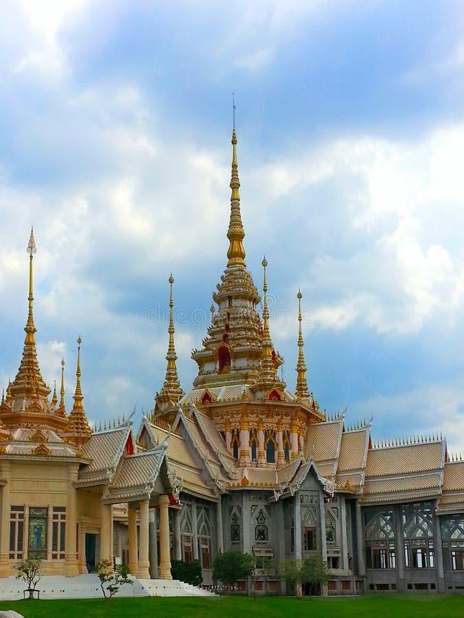 Temple bouddhiste en Thaïlande. image libre de droits