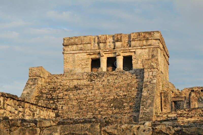 Temple cérémonieux maya antique images libres de droits