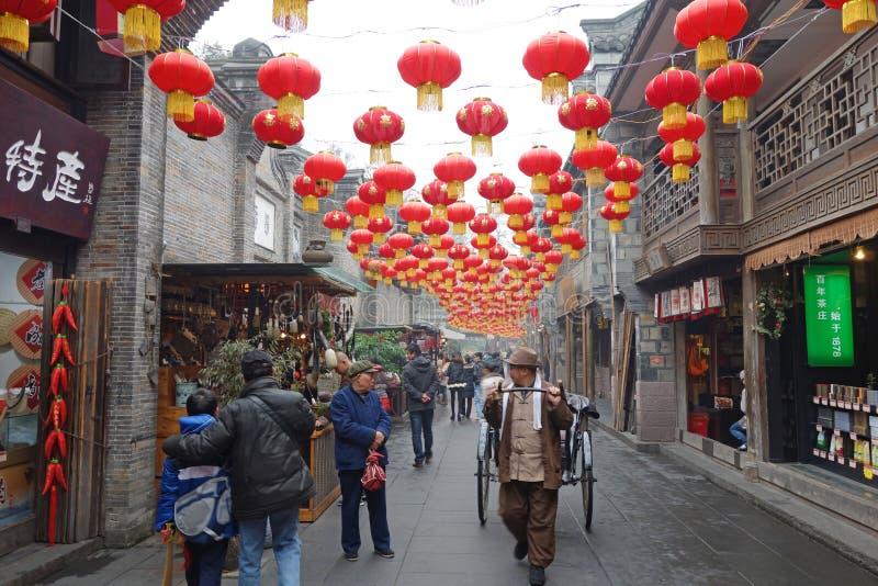 Temple chinois de l'an 2013 neuf juste à Chengdu image libre de droits