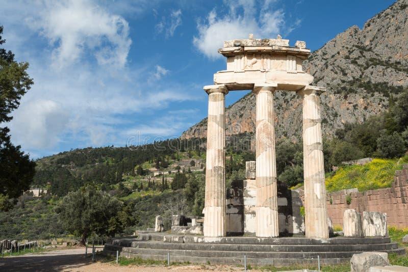 Temple circulaire de sanctuaire d'Athena Pronaia photographie stock