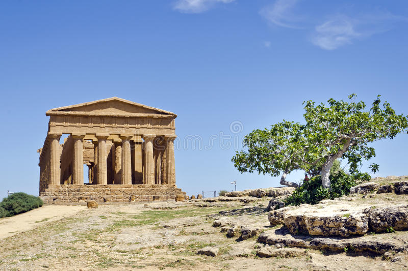 Download Temple Of Concordia - Valley Of The Temples Stock Photo - Image: 26805380