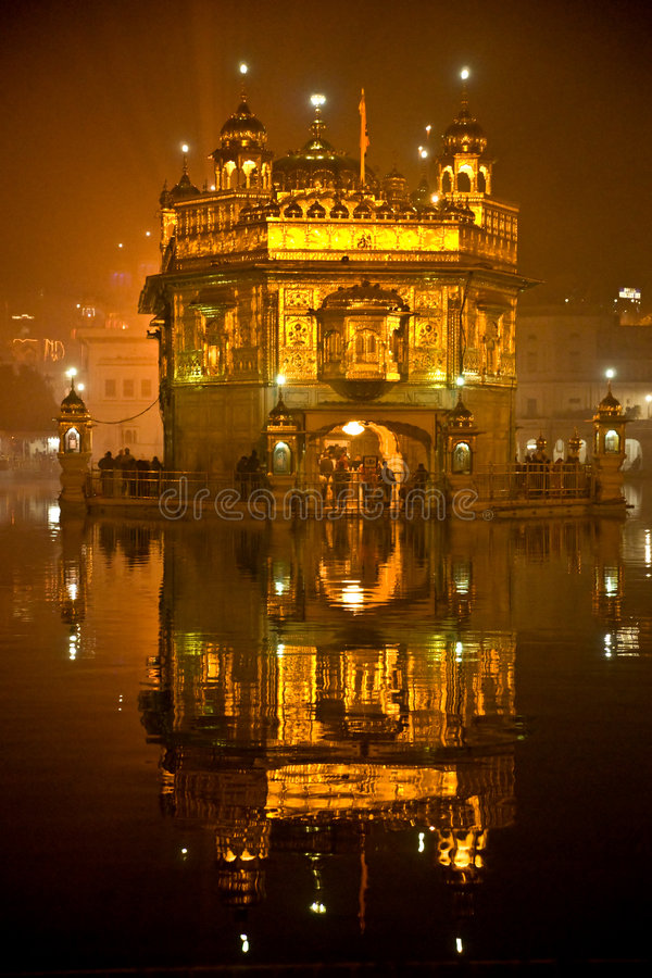 Temple d'or à Amritsar, Pendjab, Inde. photo stock