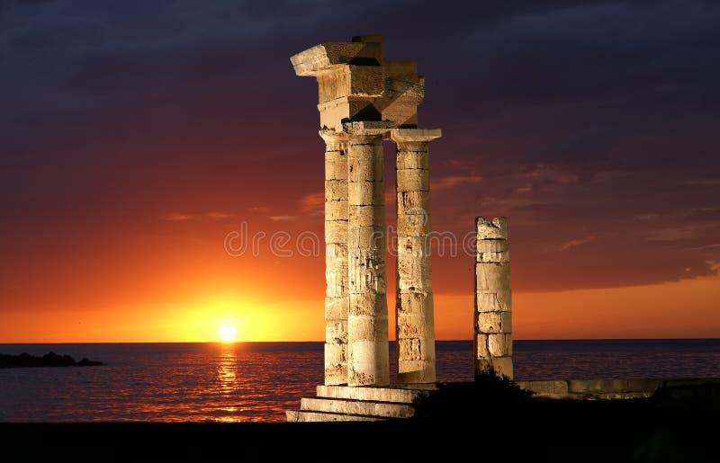 Temple d'Apollo à l'Acropole de Rhodes photographie stock libre de droits