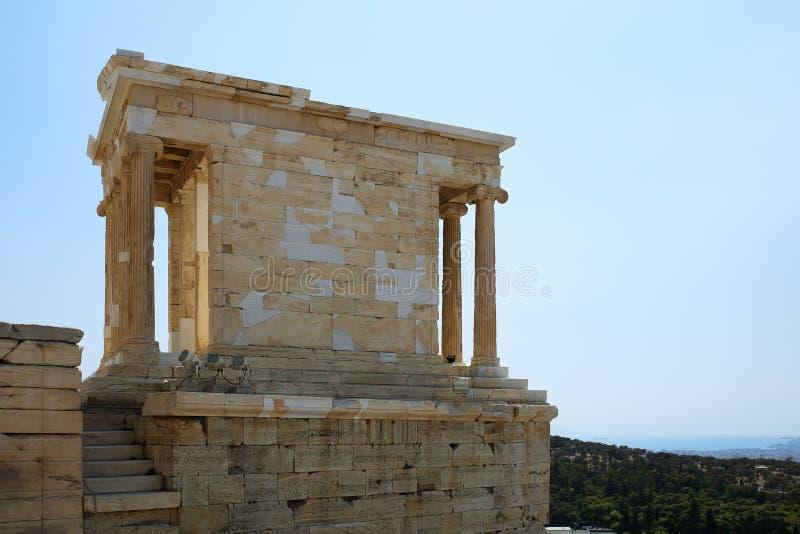 Temple d'Athena Nika dans l'Acropole d'Athènes photos libres de droits