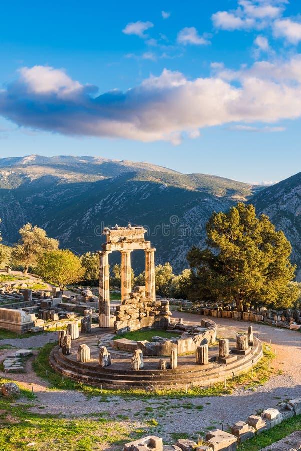 Temple d'Athena Pronaia à Delphes antique, Grèce images stock