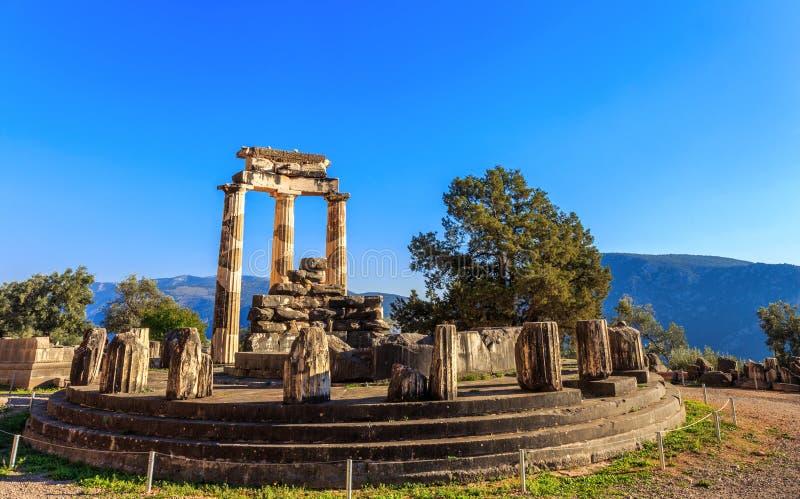 Temple d'Athina Pronaia de ruines à Delphes antique photographie stock