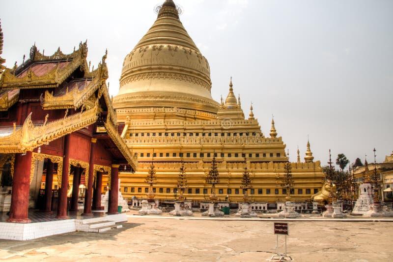 Temple d'or dans Bagan, Myanmar photos libres de droits