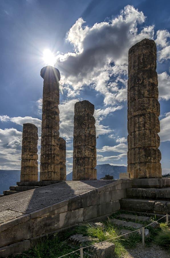 Temple d'un dieu d'Apollo du soleil en mythologie grecque à Delphes, Grèce photos libres de droits