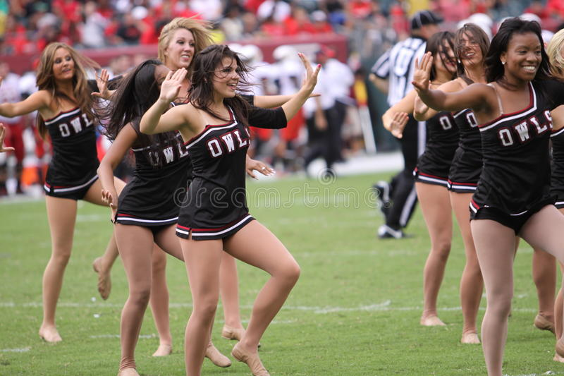 Download Temple dancers entertain editorial photography. Image of american - 26532622