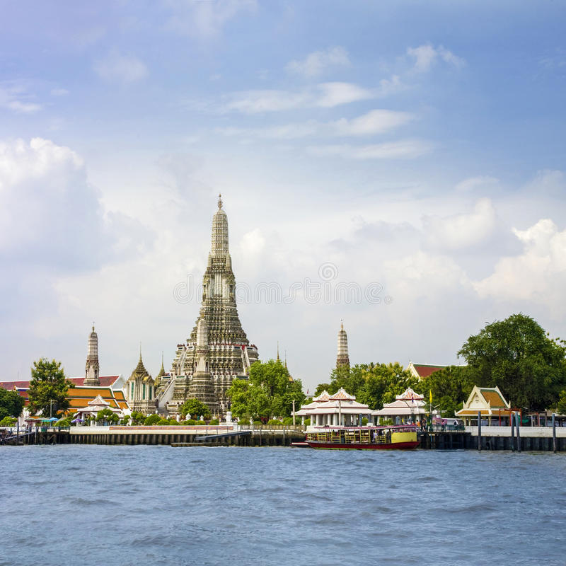 Download Temple of the Dawn Bangkok stock photo. Image of cityscape - 25866044