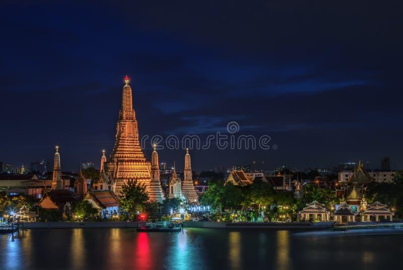 Temple of Dawn o Wat Arun a Bangkok, Tailandia fotografia stock libera da diritti