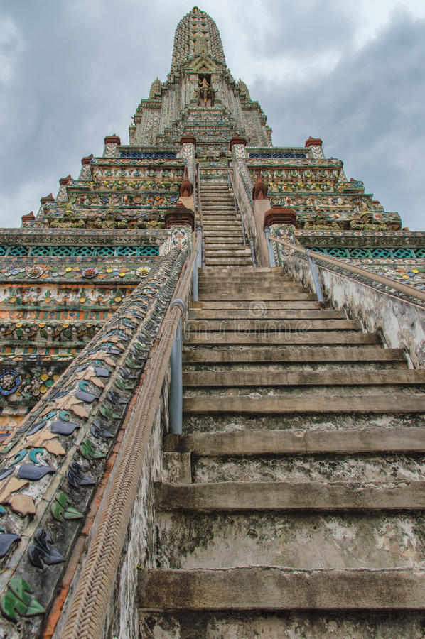 Temple of Dawn (Wat Arun) lizenzfreie stockfotos