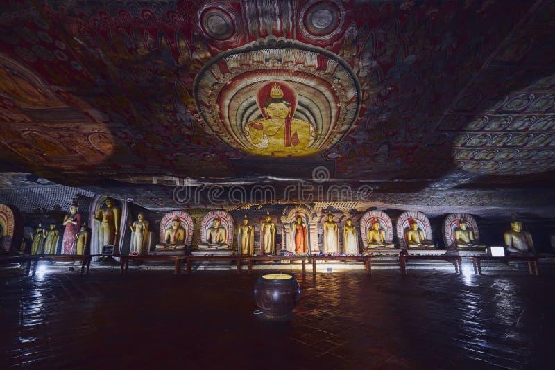 Temple de caverne de Dambulla images stock