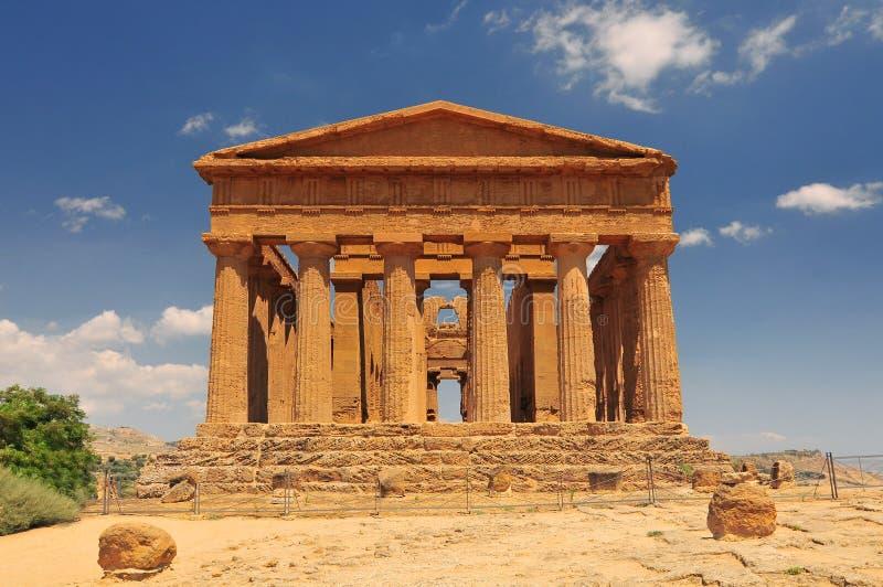 Temple de Concordia Vallée des temples à Agrigente sur la Sicile Italie photographie stock