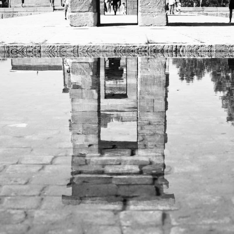 Download Temple de Debod photo stock. Image du égyptien, stationnement - 77162290