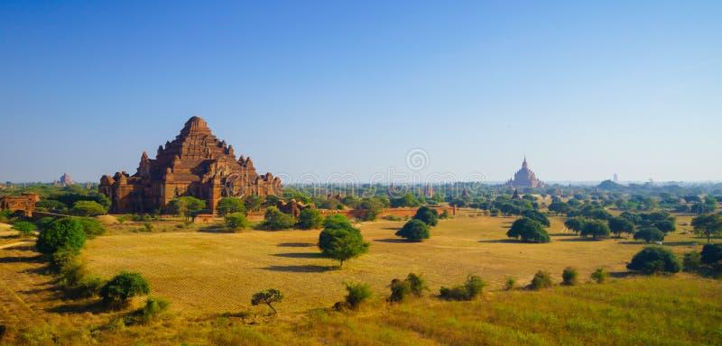 Temple de Dhammayangyi au lever de soleil, Bagan, Myanmar photos libres de droits