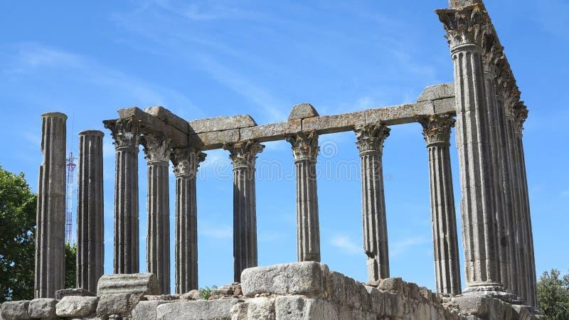 Download Temple De Diana, Evora, Portugal Image stock - Image du construction, ville: 45362169