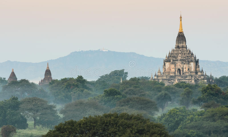 Temple de Gawdawpalin, Myanmar photo libre de droits