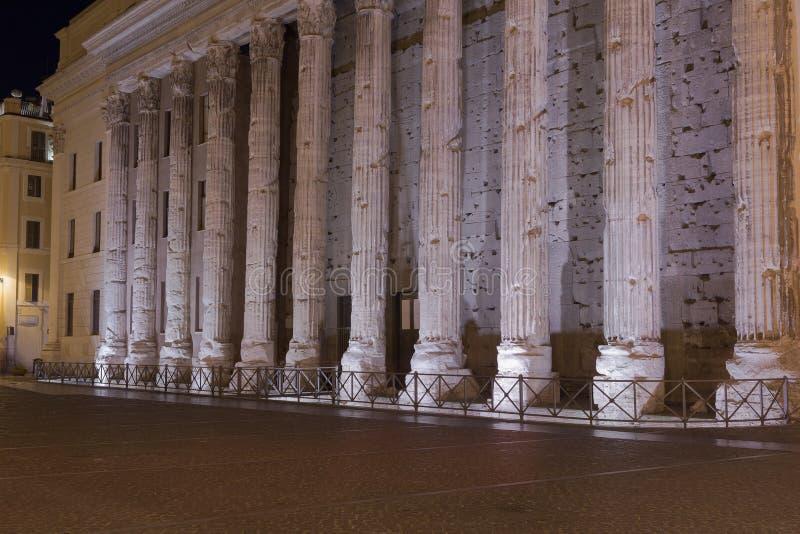 Temple de Hadrian, IL Tempio di Adriano photo libre de droits