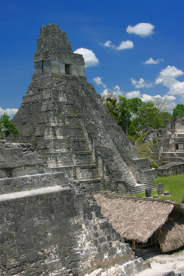 Temple de jaguar, Tikal photos libres de droits