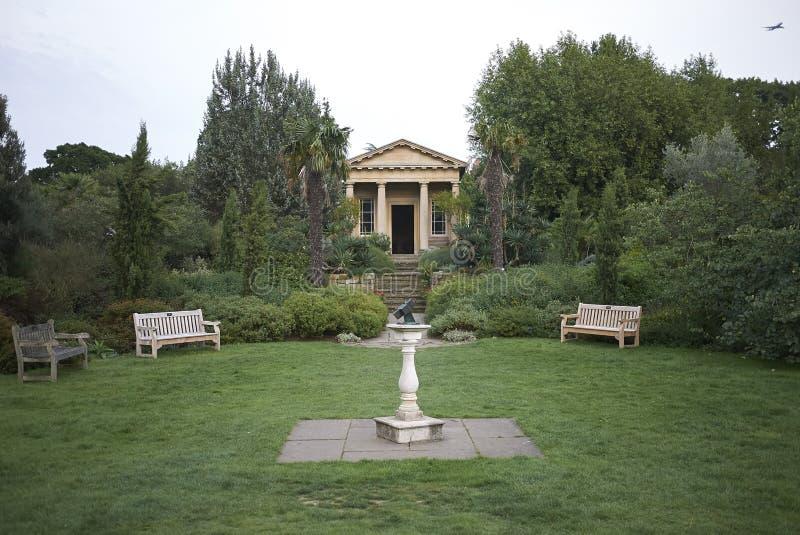 Temple de jardins de Kew photos stock