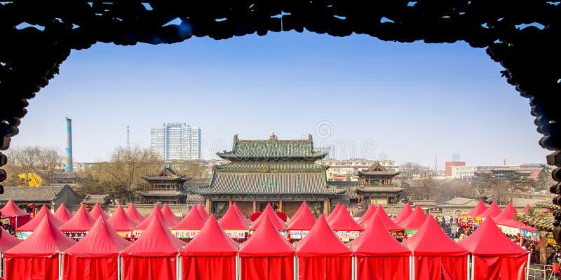 Temple de l'atmosphère de nouvelle année images libres de droits