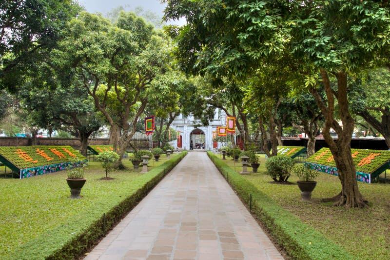Temple de la littérature à Hanoï photographie stock libre de droits