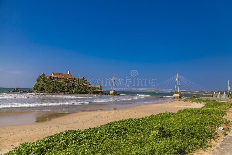 Temple de Paravi Duwa dans Matara, Sri Lanka photographie stock libre de droits