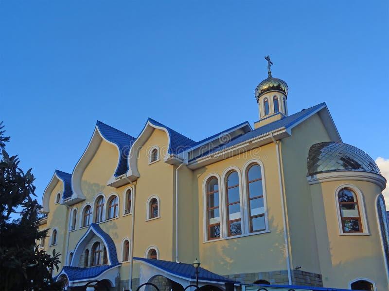 Temple de Saint-Esprit - l'église orthodoxe en Adler, Russie image stock