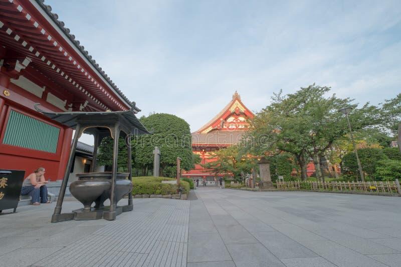 Download Temple de Sensoji photographie éditorial. Image du exotique - 76077832